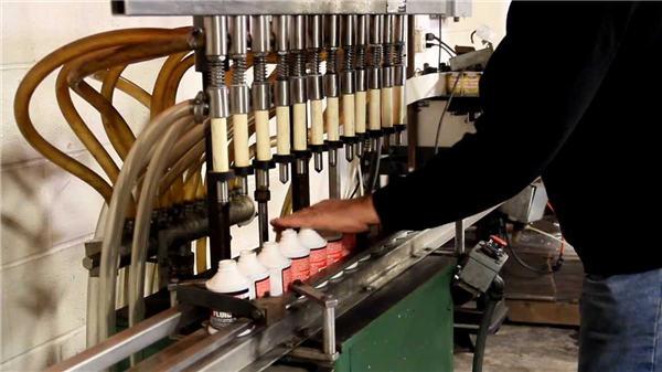 Máquina de enchimento de lixívia automática de alta qualidade